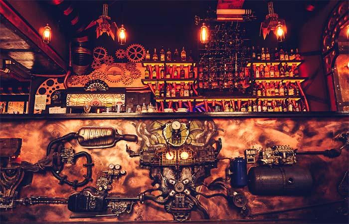 Destination Geek L 39 Enigma Caf Bar Steampunk En Roumanie