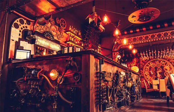 le bar steampunk à la cool à visiter en roumanie