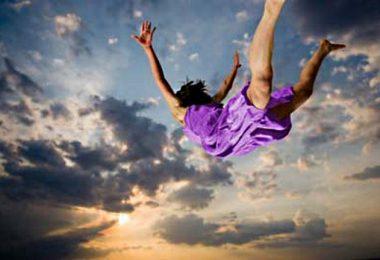 voler dans ses rêves dans le ciel