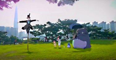totoro dans un parc pour enfant