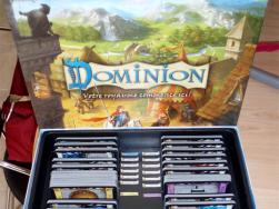 jeu de plateau dominion