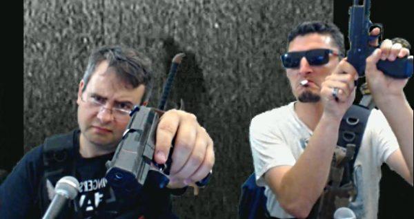 fleth et voldor font les cons avec des armes en plastique